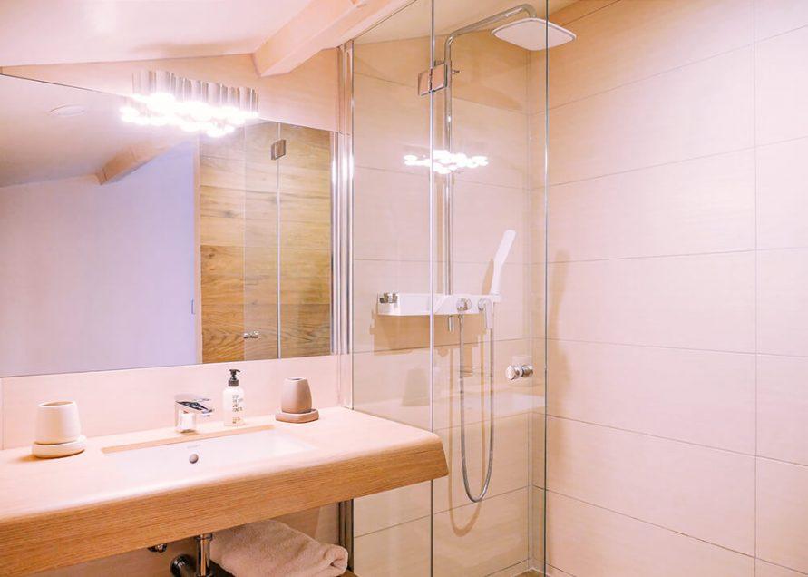 MLG_chambre-familiale_09_salle-de-bains